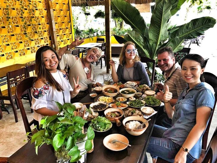 «KHO BISTRO» –  вьетнамский ресторан домашних блюд в Хойане - ảnh 8