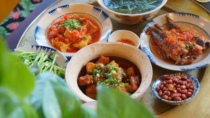 «KHO BISTRO» –  вьетнамский ресторан домашних блюд в Хойане - ảnh 3