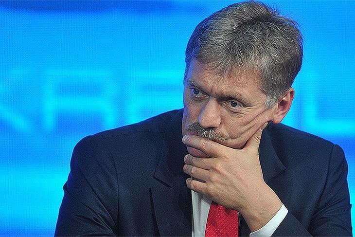 Песков назвал абсурдным упоминание России в связи с отравлением в Эймсбери - ảnh 1
