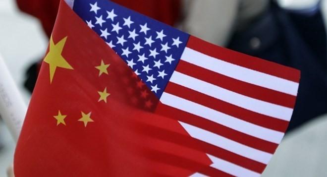Китай не будет сдаваться в торговой войне с США - ảnh 1