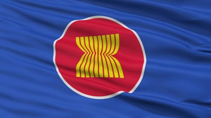 АСЕАН прилагает усилия для выдвижения общей позиции по Индо- Тихоокеанским стратегиям - ảnh 1