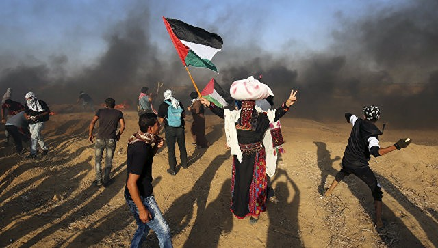 Более 180 палестинцев пострадали в стычках с израильской армией в Газе - ảnh 1