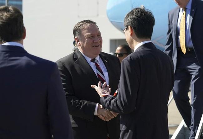 Япония и США договорились обсудить визит госсекретаря США Майкла Помпео в КНДР - ảnh 1
