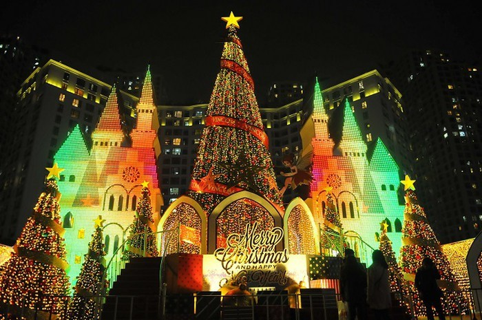 Рождество приходит в Ханой - ảnh 2