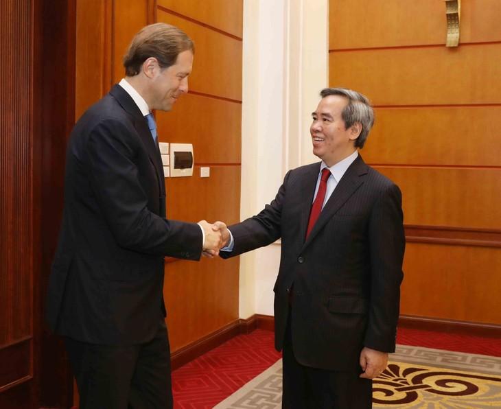 Россия всегда желает активизировать сотрудничество с Вьетнамом во всех сферах - ảnh 1