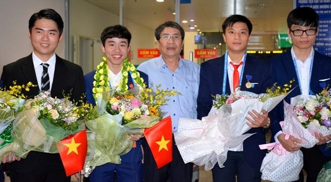Вьетнамский школьник завоевал 3-й приз на конкурсе Intel ISEF 2019 - ảnh 1