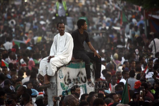 Военный совет Судана желает скорейшей передачи власти - ảnh 1