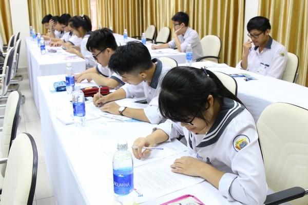 Во Вьетнаме прошла Олимпиада «Океан знаний» ДВФУ для вьетнамских школьников - ảnh 2