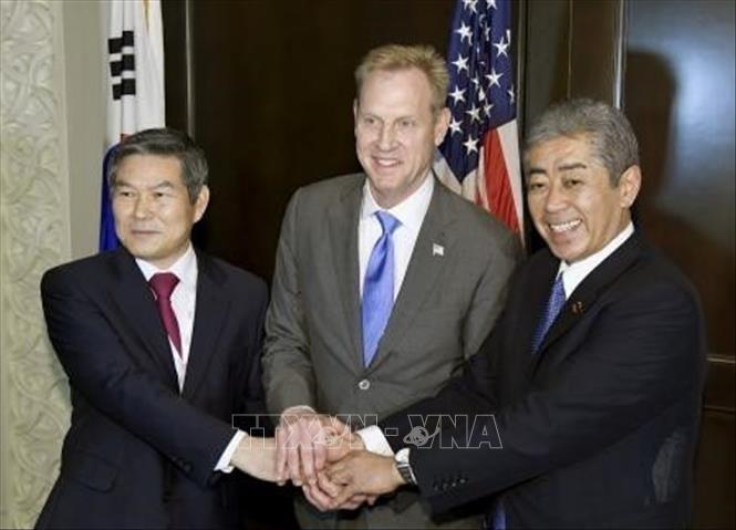 США, РК и Япония прилагают дипломатические усилия для денуклеаризации Корейского полуострова - ảnh 1