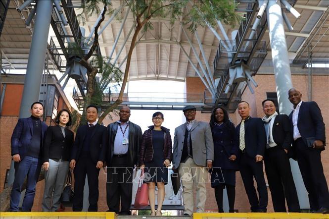 Вьетнам и ЮАР обсудили разработку соглашения о свободной торговле - ảnh 1