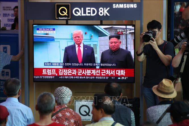 ЦТАК дало характеристику «исторической встрече» лидеров США и КНДР в демилитаризованной зоне на Корейском полуострове - ảnh 1