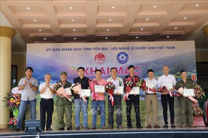 Открылся 19-й фестиваль фотоискусства в северных горных районах Вьетнама - ảnh 1