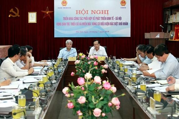 Улучшение социально-экономического состояния в районах нацменьшинств и горных районах Вьетнама - ảnh 1