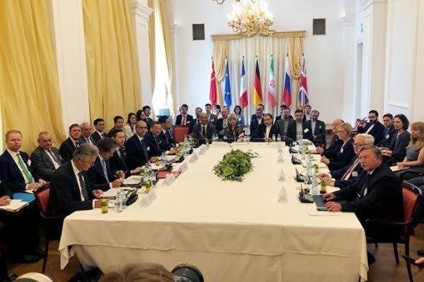 «Пятерка» и Иран обсудили спасение ядерной сделки в Вене - ảnh 1
