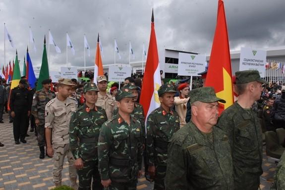 Вьетнам принимает участие в 5-х Армейских международных играх в РФ - ảnh 1