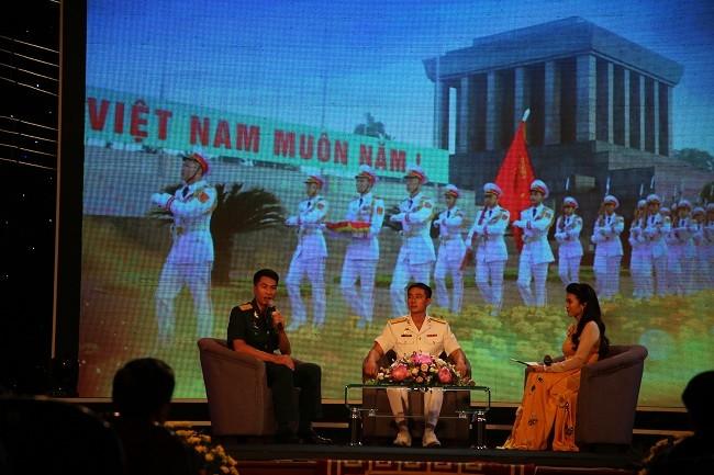 В Ханое прошла программа «Вечно хранить достоинства солдата Дядюшки Хо» - ảnh 1