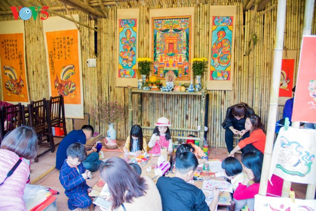 Calligraphy Festival at Hanoi's Temple of Literature - ảnh 11