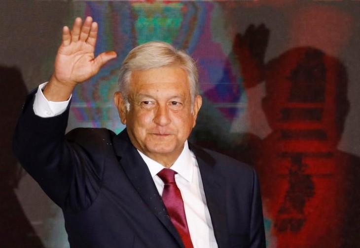 Obrador scores landslide victory as Mexico votes for change - ảnh 1