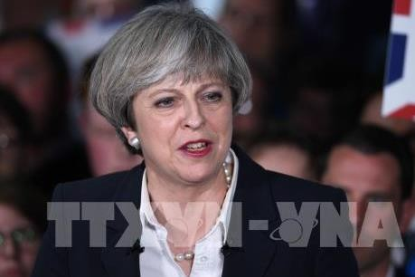 "Theresa May declares ""end of decade-long austerity"" - ảnh 1"