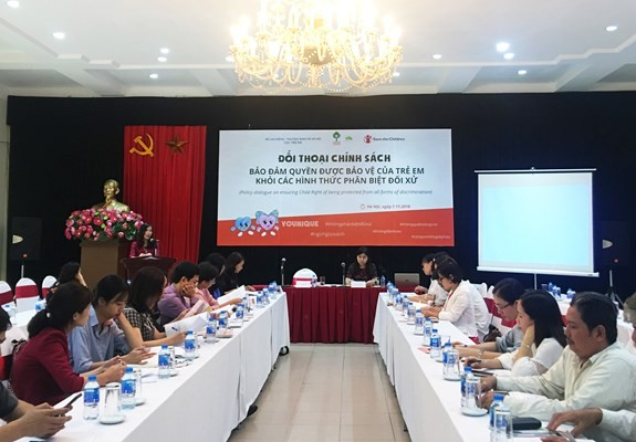 Policy dialogue raises awareness of discrimination against children - ảnh 1