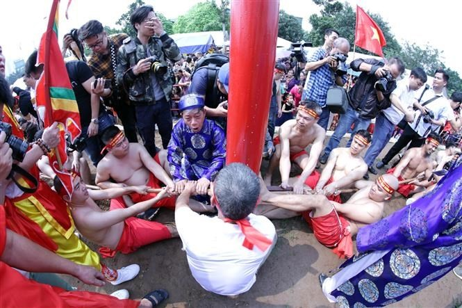 Vietnam's tug-of-war games, ritual receive UNESCO certification - ảnh 1