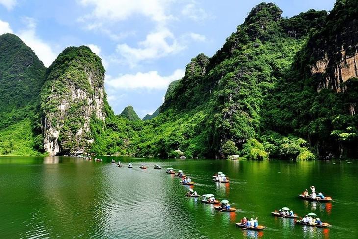 Vietnamese businesses seek to develop green tourism - ảnh 1