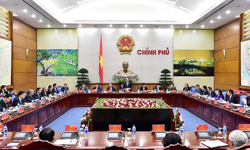 New government convenes first session - ảnh 1