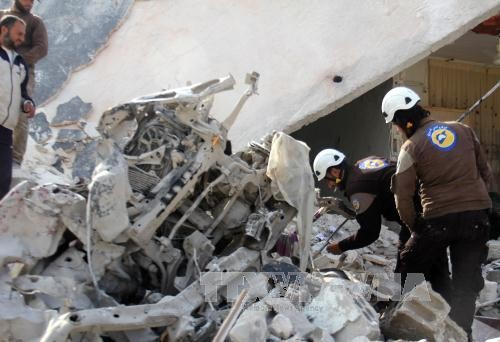 More than a hundred killed in renewed airstrikes in Aleppo - ảnh 1