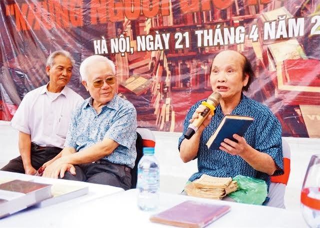 Book collector Vu Kim Dien nurtures interest in reading - ảnh 1