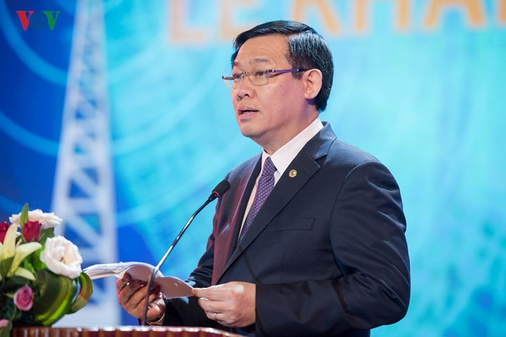 Deputy PM: Radio should keep up with advanced technology, interact with audience - ảnh 1