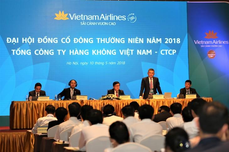 Vietnam Airlines targets 4.2 billion USD in revenues in 2018 - ảnh 1