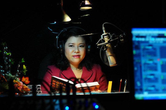 Disabled woman establishes first audio library for the blind - ảnh 1