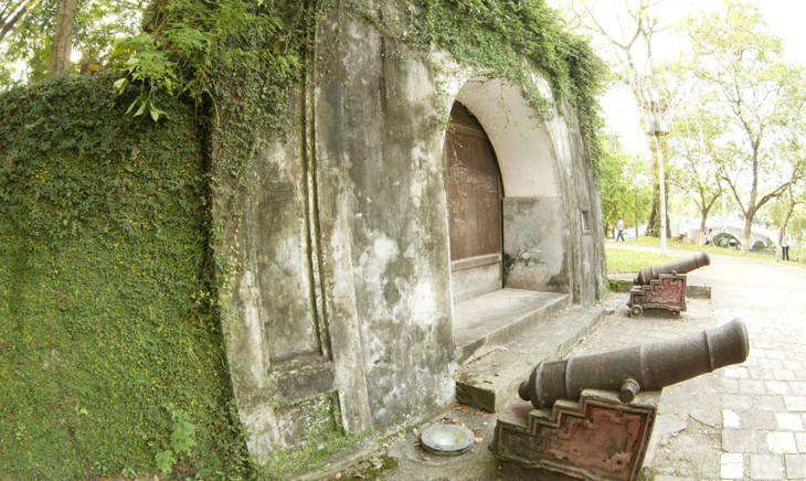 Son Tay ancient citadel, a unique historical relic site of Hanoi - ảnh 1