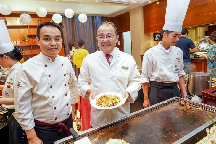 Japan's Okonomiyaki pancake - ảnh 1