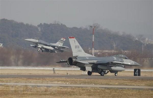 South Korea, US seek alternative to joint air exercises - ảnh 1