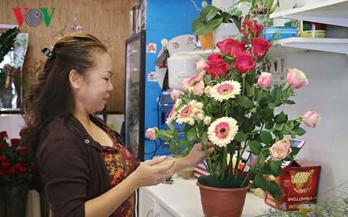 Vietnamese women in Czech Republic strive for stable lives - ảnh 3