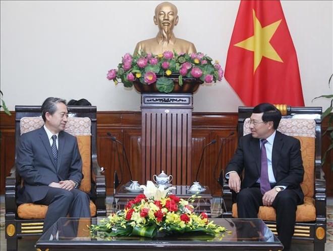 Deputy PM welcomes new Chinese ambassador - ảnh 1