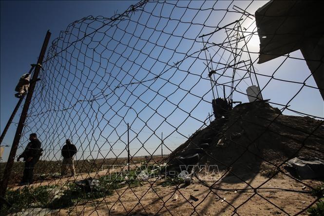 Israel builds massive fence on Gaza border  - ảnh 1