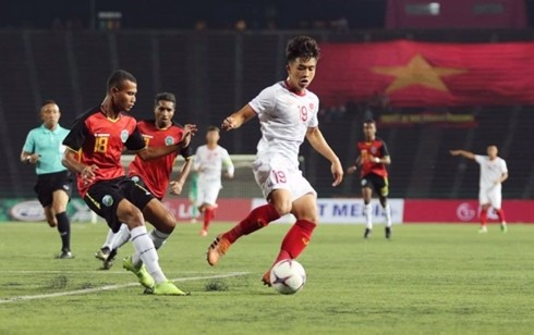 AFF U22 Championship: Vietnam atop Group A entering semi-finals - ảnh 1