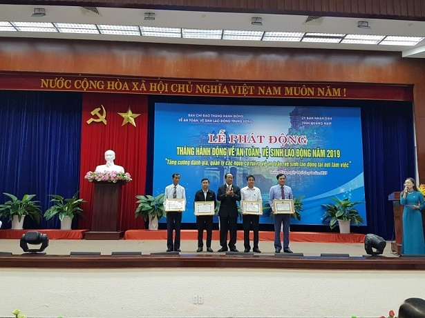Action month for labor safety and hygiene launched - ảnh 1