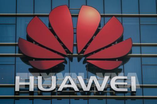 Top US tech companies cut off vital Huawei supplies  - ảnh 1