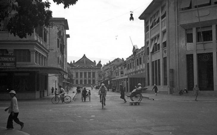 Loạt ảnh choáng ngợp về khu phố sang nhất Hà Nội năm 1940 - ảnh 1