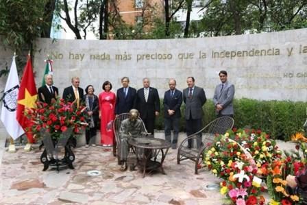 Lễ khánh thành Tượng Đài Chủ tịch Hồ Chí Minh ở Mexico - ảnh 1