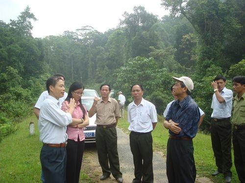 Việt Nam-Lào tăng cường ứng phó với buôn bán trái phép tài nguyên thiên nhiên - ảnh 1
