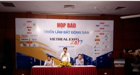 Hội chợ Triển lãm bất động sản Việt Nam 2017 - ảnh 1
