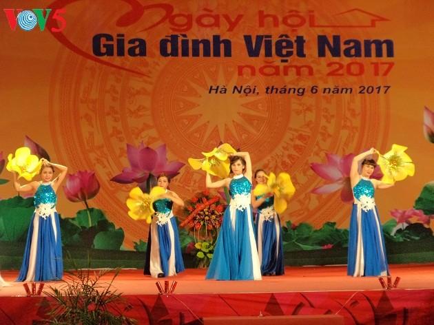 Nhiều hoạt động nhân Ngày Gia đình Việt Nam 28/6 - ảnh 2