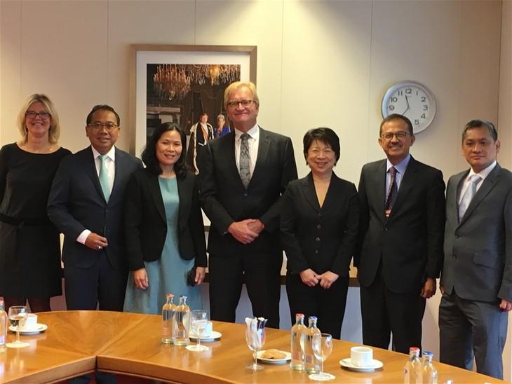 Khuyến khích các doanh nghiệp Hà Lan đầu tư vào thị trường Việt Nam - ảnh 2