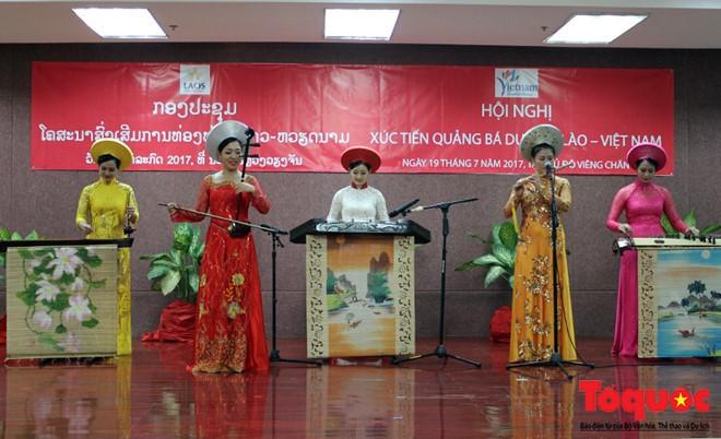 Hội nghị  xúc tiến quảng bá du lịch Lào-Việt Nam - ảnh 2