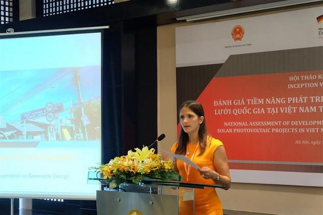 Đánh giá tiềm năng phát triển dự án điện mặt trời nối lưới quốc gia tại Việt Nam    - ảnh 1