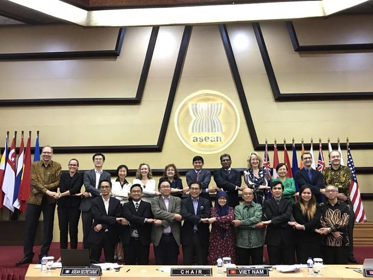 ASEAN tích cực hợp tác thu hẹp khoảng cách phát triển giữa các nước thành viên - ảnh 1